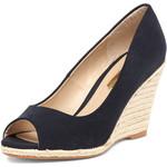 Love the classy peep toe-$49